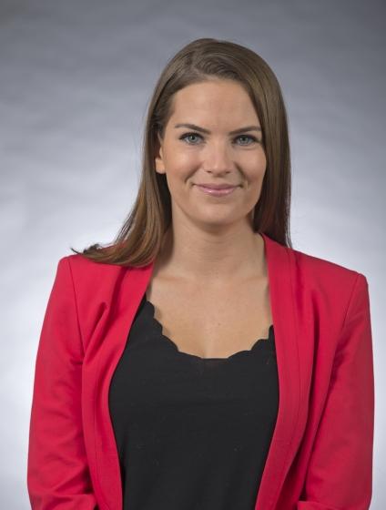 headshot of Alice Lepissier