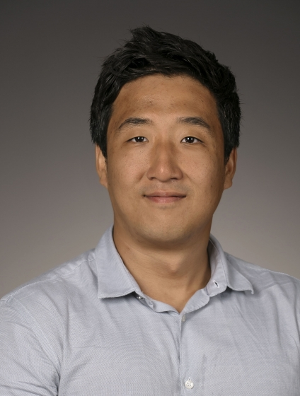 headshot of Seonghoon Kim