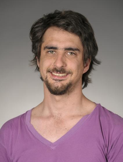 headshot of Sebastian Tapia