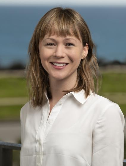 headshot of Rebecca Webb