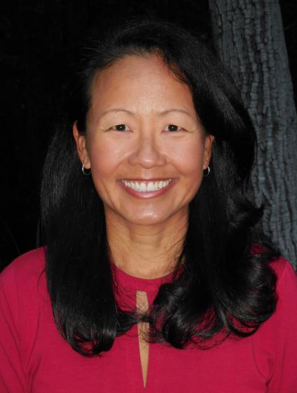Headshot of Flora Lu
